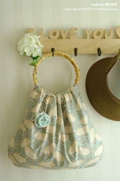 Bamboo Handle Bag, Small Purse - Customize Your Fabric. DIY Tutorial