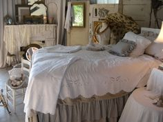 .Lilac Lane Cottage: Cottage Bedrooms