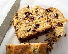 Cake aux fruits confits sans beurre (facile, rapide) - Une recette CuisineAZ