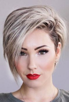 17 More Fresh Layered Short Hair Styles for Round Faces: # Trending Pixie Haircut Idea; - 17 More Fresh Layered Short Hair Styles for Round Faces: # Trending Pixie Hairc . Short Hair Cuts For Round Faces, Round Face Haircuts, Short Hair With Layers, Hairstyles For Round Faces, Short Cuts, Pixie Haircut For Round Faces, Pixie Cut Round Face, Short Hair Cuts For Women Pixie, Hairstyle For Round Face Shape