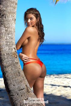 Daniela Lopez Osorio looking hot in a Sports Illustrated Swimsuit Issue…