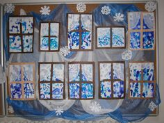Winter window - embedding in wallpaper paste Winter Art Projects, Winter Crafts For Kids, Winter Kids, Art For Kids, Snow Theme, Winter Theme, Ice Crafts, Arts And Crafts, Kindergarten Art Projects
