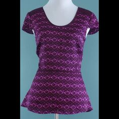 ANN TAYLOR /NEW!! Tags Attached! Purple Top Size 4 ANN TAYLOR /NEW!! Tags Attached! Purple Top Size 4 Ann Taylor Tops