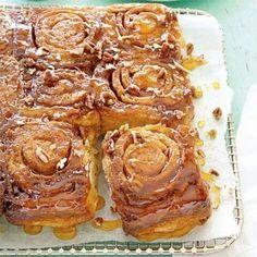 Caramel-Pecan Sticky Buns from Cooking Light magazine Brunch Recipes, Breakfast Recipes, Breakfast Ideas, Bread Recipes, Brunch Food, Breakfast Pastries, Brunch Ideas, Baking Recipes, Pecan Sticky Buns