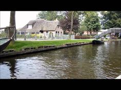 Giethoorn - The Venice of Holland - Village without streets - Overrijsse...