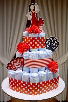Tarta de 60 pañales con decoración flamenca. Diaperscake. Baby Shower, Diaper Cakes, Bb, Ideas, Flamingo, Presents, Baby Sprinkle, Baby Showers, Nappy Cake