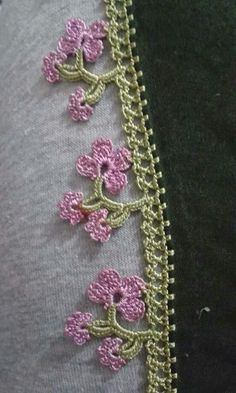 This post was discovered by Serpil Sucu. Discover (and save!) your own Posts on Unirazi. Crochet Boarders, Crochet Lace Edging, Cotton Crochet, Crochet Trim, Filet Crochet, Crochet Flowers, Knit Crochet, Crochet Stitches, Embroidery On Clothes