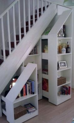 55 Genius Under Stairs Storage Ideas For Minimalist Home. Many of us live in houses that have an open area underneath the stairs. Stair Shelves, Stair Storage, Hidden Storage, Under Stairs Storage Drawers, Wood Shelf, Closet Storage, Storage Shelves, Staircase Remodel, Stair Decor