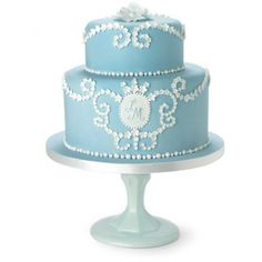 Two-tiered Wedgwood inspired traditional wedding cake by London-based Pat-a-Cake Pat-a-Cake Beautiful Wedding Cakes, Gorgeous Cakes, Pretty Cakes, Amazing Cakes, Cake Wedding, Traditional Wedding Cakes, Traditional Cakes, Cupcakes, Cupcake Cakes