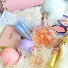 Ariana Grande perfume ♡♥♡♥♡♥