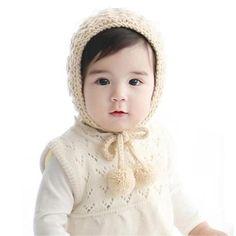 b451433c42d Amazon.com  Verala Baby Toddler Knitted Crochet Pilot Cap Bonnet Winter Hat  (Beige