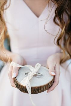 carolienandben-com_6946 Wood Watch, Wedding, Accessories, Fashion, Casamento, Moda, La Mode, Wooden Clock, Weddings