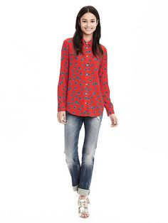We absolutely love our red and turquoise floral printed Dillon blouse for spring. This top is an easy-fit style that skims your shape for a relaxed, but put-together, silhouette   Banana Republic