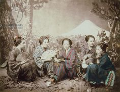 Picnic of Japanese Girls at the Foot of Fusi Yama. Felice Beato, Bakumatsu/ Meiji Period.
