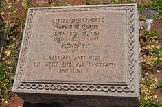 Yorkshire terrior Little Derry Otto buried with the family.