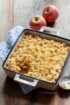 Apple Crumble: the original English recipe for the perfect Apple Crumble! - Apple Crumble: the original English recipe for the perfect Apple Crumble! Best Picture For stir fr - Menu Brunch, Easy Cooking, Cooking Recipes, Sweet Recipes, Cake Recipes, My Favorite Food, Favorite Recipes, Italian Desserts, English Food