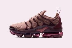 Nike Women's Wmns Zoom Structure+ 17 Running Shoes – Sneakers City Moda Sneakers, Sneakers Mode, Sneakers Fashion, Dope Fashion, Fashion Trends, Fashion Mode, Nike Sneakers, Fashion Boots, Basket Style