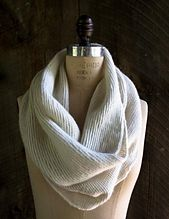 Ravelry: Crosshatch Cowl pattern by Purl Soho