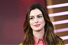 Filming with the Anne Hathaway Stopped due to the attack on a team memeber The Hollywood Reporter, Hollywood Actresses, Old Actress, American Actress, Max Movie, Chris Rock, Anne Hathaway, Film Awards, Bikini Pictures