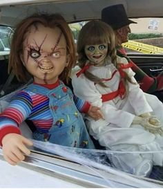 Hope you get to spend Sunday funday with your loving psycho family yall Scary Movie Characters, Scary Movies, Horror Movies, Creepy Clown, Creepy Dolls, Horror Decor, Horror Art, Angel Y Diablo, Childs Play Chucky