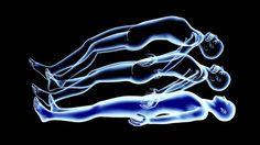 Сознание существует вне ограничений , налагаемых нас временем и пространством. Другими словами, сознание не «привязано» к телу, оно является квантовым объектом без определённого места. Сознание является объектом, который определяет трехмерное пространств