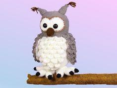 Fluffy Snowy Owl Hadwig