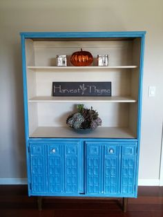 Annie Sloan chalk paint in Giverny. Find me on FB @VIRALVINTAGEMARKET