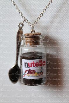 Fiole de Nutella et cuillère Small Glass Bottles, Glass Bottle Crafts, Diy Bottle, Bottle Jewelry, Bottle Charms, Bottle Necklace, Cute Jewelry, Diy Jewelry, Jewelry Making