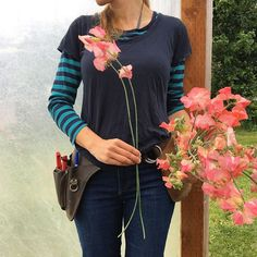 Grow sweet peas with super long stems by following a few simple tips. Learn more from Floret.
