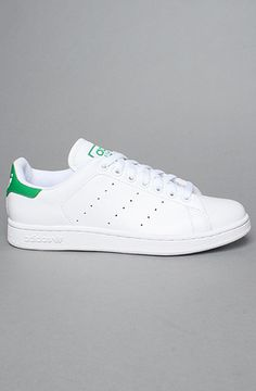 adidas  The Stan Smith 2 Sneaker in White and Fairway