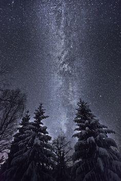 Night sky by Torehegg