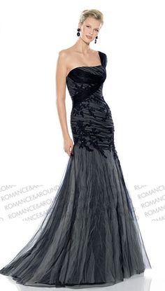 nice style for a black wedding dress