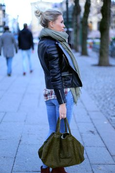 Jacket : Céline Shirt : Isabel Marant Étoile Denim Bag : Mariette  Scarf : Isabel Marant Boots: Acne