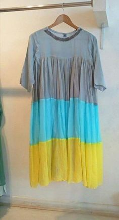 Kurti Patterns, Dress Patterns, Pakistani Outfits, Indian Outfits, Beautiful Color Combinations, Colour Combinations, Latest Kurti, Latest Colour, Modern Outfits
