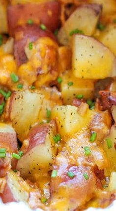 Slow Cooker Cheesy Bacon Ranch Potatoes - The easiest potatoes you can make right in the crockpot - perfectly tender, flavorful and cheesy! (appetizer, snack, side dish recipe) **look at pix in recipe before making. Crock Pot Recipes, Slow Cooker Recipes, Cooking Recipes, Potato Recipes In Crockpot, Recipes With Bacon, Ranch Potato Recipes, Crockpot Ideas, Cooking Hacks, Casserole Recipes
