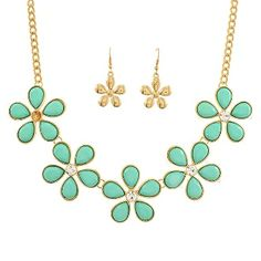 Mint Green Flower Cabochon Necklace Set