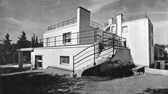Villa Haas, Ernst Wiesner, Brno, Czechoslovakia 1928 Bauhaus, Art Deco, International Style, Czech Republic, Modern Architecture, Amsterdam, Facade, Villa, Aesthetics