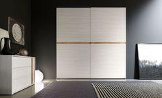 Ingebouwde garderobekast met schuifdeuren - Kasten- Garderobekasten - Lundia