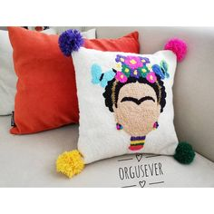 💜💚 We are here again with pompom details mı - ModaHaberci Hand Embroidery Stitches, Embroidery Art, Crochet Carpet, Punch Needle Patterns, Rug Hooking Patterns, Cheerleading, Punch Art, Diy Pillows, Handmade Art