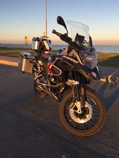 Bmw Motorbikes, Bmw Motorcycles, Off Road Adventure, Dual Sport, Sidewalks, Vroom Vroom, Biking, Offroad, Grass