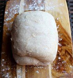 Ebben a bejegyzésemben bemutatom nektek lépésről lépésre hogyan készítem az egyszerű kovászos kenyeret,alapreceptet. Remélem sokat... Sourdough Bread, Bakery, Food, Kitchen, Healthy Nutrition, Yeast Bread, Cooking, Essen, Kitchens