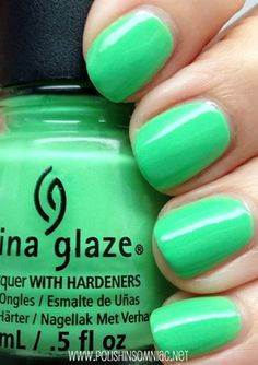 Pretty Painted Fingers & Toes Nail Polish| Serafini Amelia| Nail Art-China Glaze Shore Enuff
