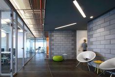 gaming-tech-office-design-1