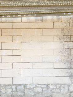 Uitvoering opbouwen van nieuwe vloer en buitenmuren van binnen uit naisoleren mergel huis - Exterieur kleur eigentijds huis ...