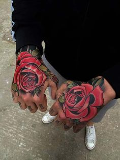 rose hand tattoo gül dövmesi el