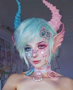 """Kawaii make-up Elfgutz inspiration pastel pink hair/ pastel blue hair"""" blood skull hand Makeup Art, Eye Makeup, Hair Makeup, Makeup Ideas, Makeup Style, Demon Makeup, Makeup Drawing, Harajuku Fashion, Kawaii Fashion"""