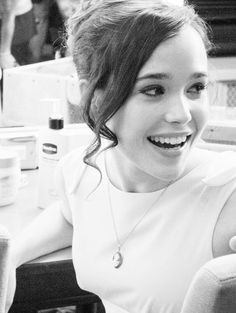 Ellen Page: my favorite young actress.  How she didn't get Best Actress for JUNO is beyond me.