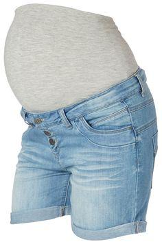 Äitiysshortsit kesään.   http://www.mammas.fi/product/17/aitiysshortsit-alice-mamalicious