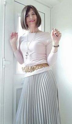 Pleated Skirt Outfit, Pleated Skirts, Skirt Outfits, Petticoats, Crossdressers, Looking For Women, Going Out, High Waisted Skirt, Girly