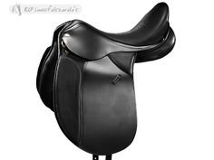 Tattini Dressage Frankfurt Saddle - In smooth high quality leather, provided with wooden tree, extra deepseat, woollen panels and stainless steel stirrup bars.